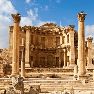 Explore-This-Hidden-Gem-of-Jordan-Many-Visitors-to-Petra-Never-Get-To-See-1