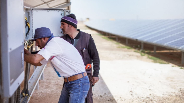 This Refugee Camp In The Jordanian Desert Now Has Its Own Solar Farm.png