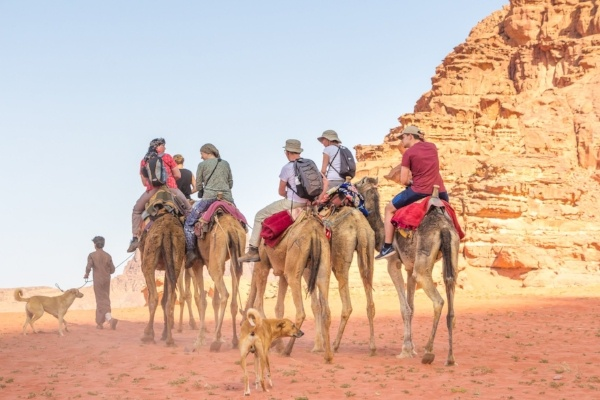 group-of-people-on-camels-blog-about-mars